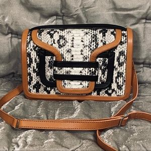 NWOT Pierre Hardy Cream Alpha Handbag